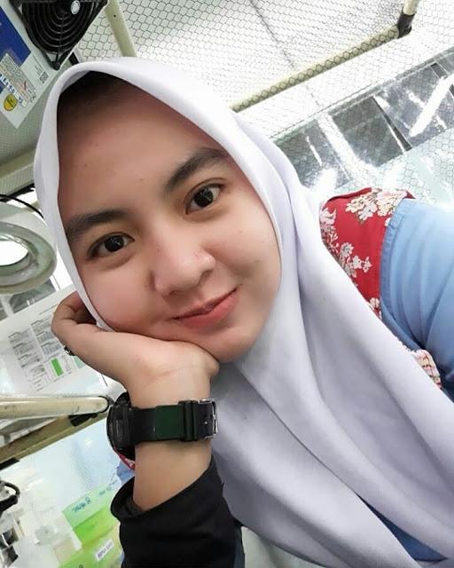 Beautiful Hijaber From Surakarta