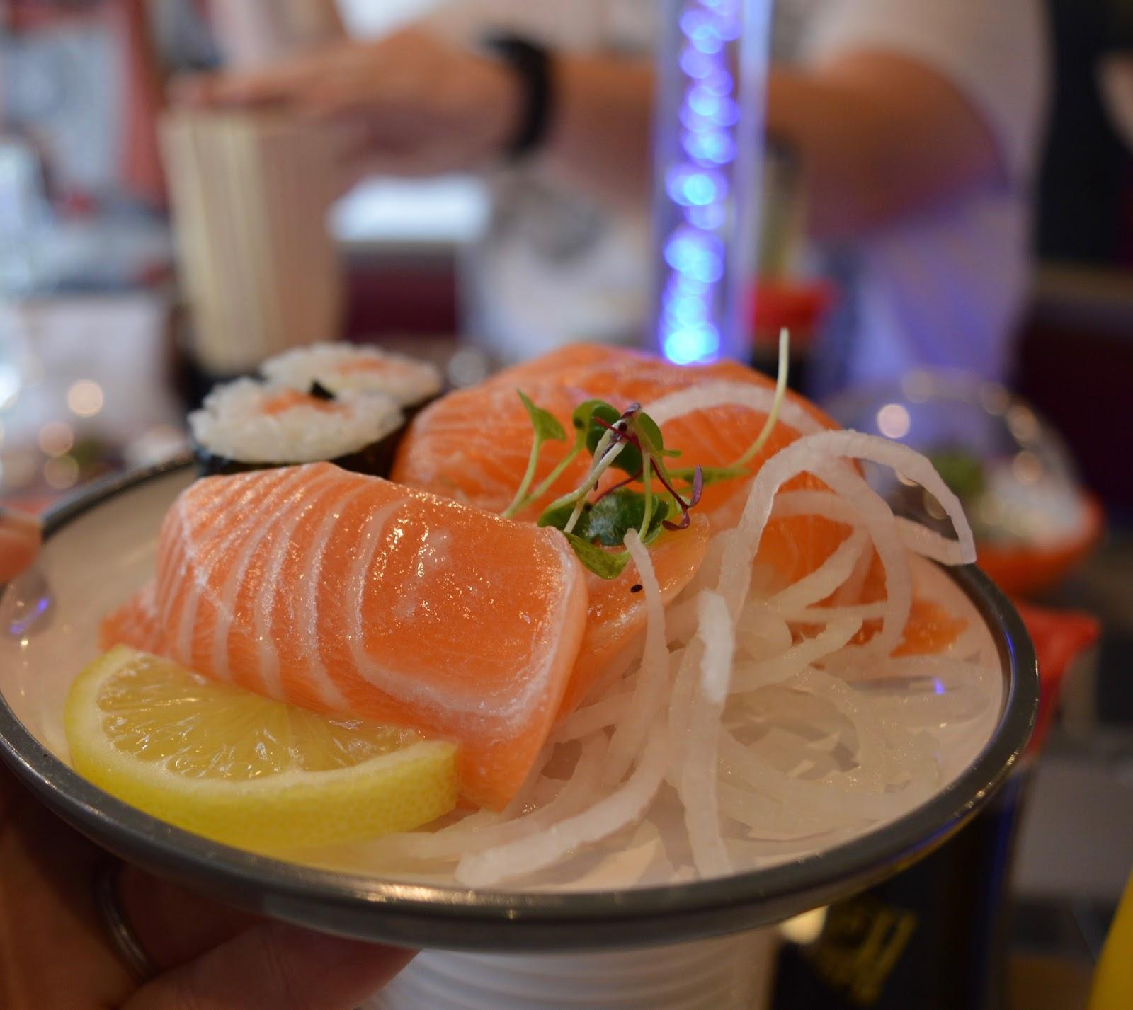 YO! Sushi Newcastle Grainger Street - Kids Menu Review - salmon