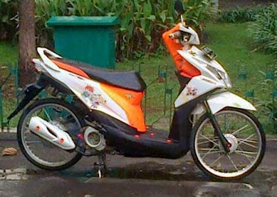 Modifikasi Beat FI 2015 Jari Jari Putih Orange