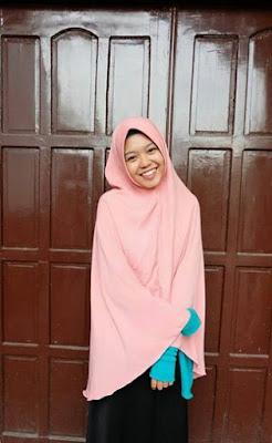 jilbab langsungan syari bahan manisse tebal tidak temerawang