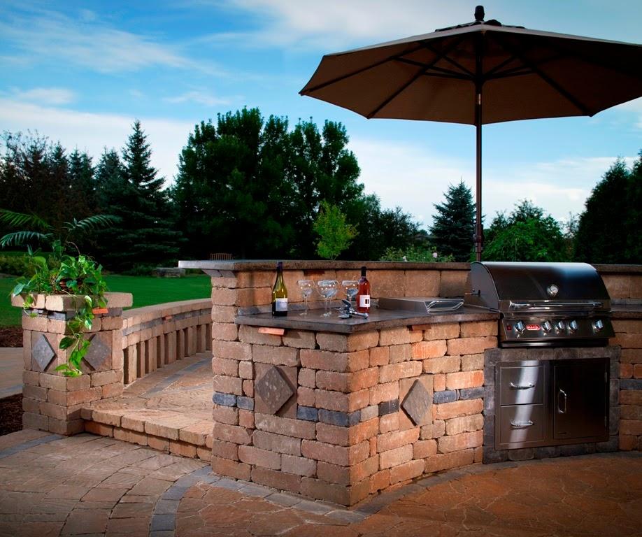 Backyard BBQ Design Ideas
