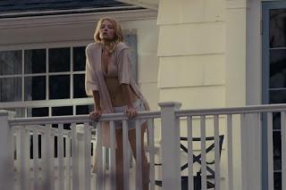 Что больше привлекло людей: интригующий сюжет или обнаженная Хейли Беннетт?
