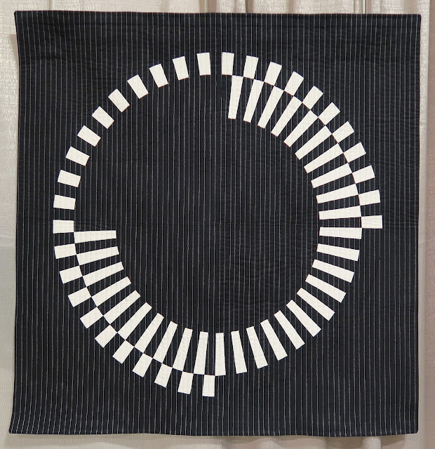 Quiltcon 2019 - Offset by Audrey Esarey