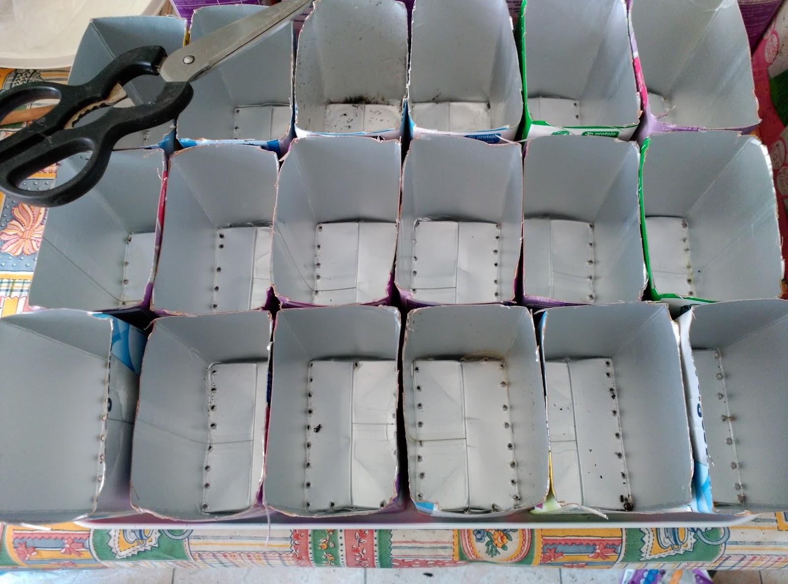 Huerto casero de quiquet huerto vertical para espinacas for Jardines colgantes con material reciclado