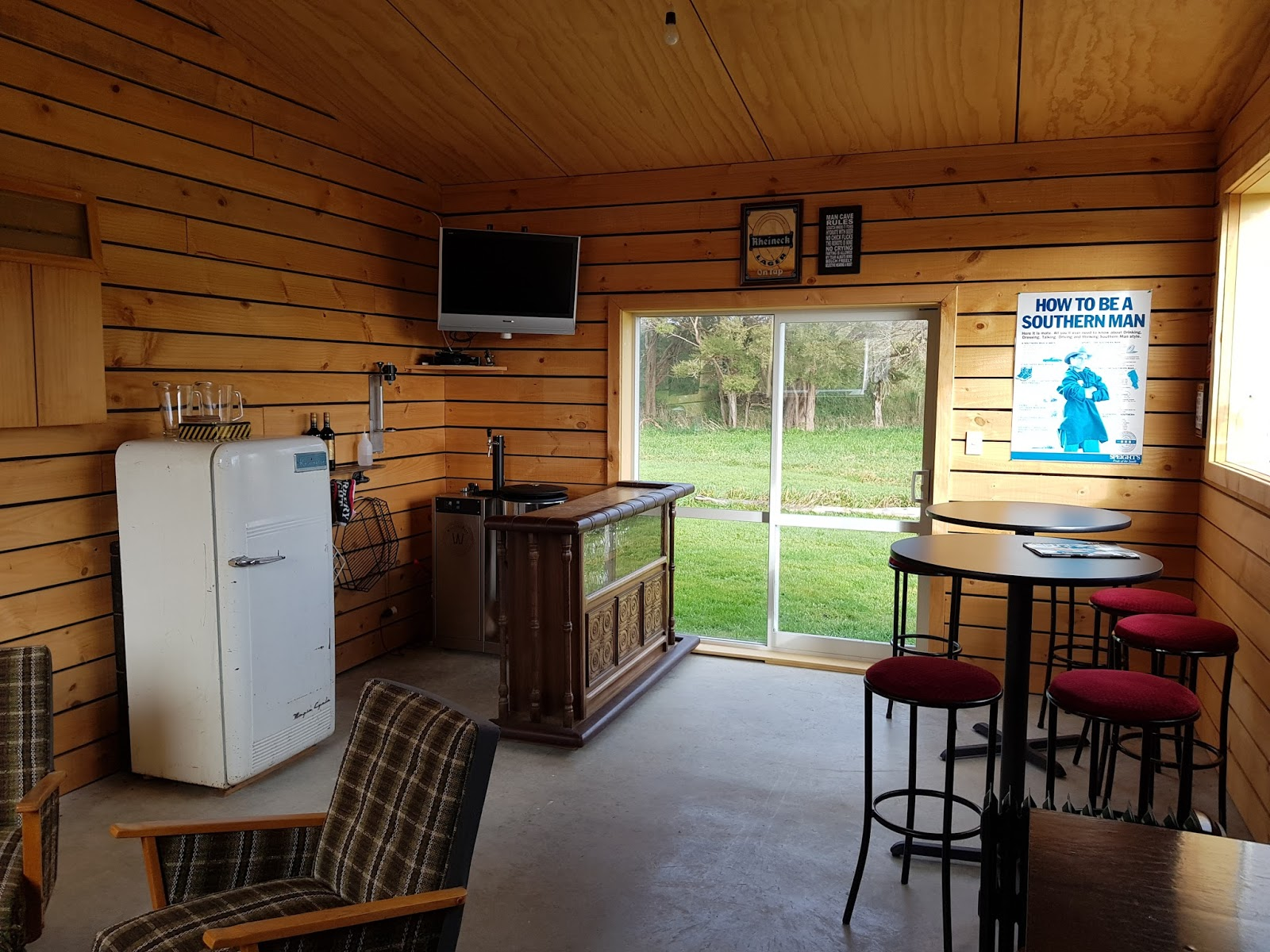 Man Cave Jaco : Lions in the land of long white cloud