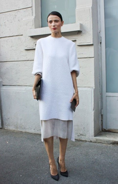felpa oversize abbinata ad un abito lungo sweatshirt over a dress tendenza felpa come abbinare la felpa sweatshirt how to wear sweatshirt tendenza felpa primavera 2019 mariafelicia magno fashion blogger colorblock by felym fashion blogger italiane