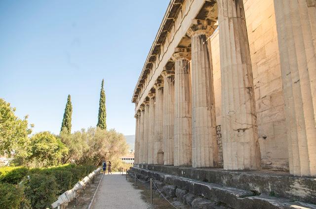 Ateny – o spontanicznym wyjeździe, który nie zrujnuje Twojego portfela