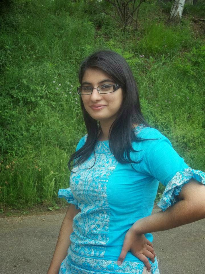 Pakistani Desi Hot Womens Beautiful Photos - Beautiful -1061