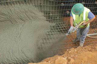 Под торкретированием принято понимать механизированное нанесение бетонов и составов с нецементным вяжущим (напр. огнеупоров, футеровок) безопалубочным способом. Торкретом упрощенно называют торкрет слой, например, торкретбетон, получившийся в результате торкретирования.