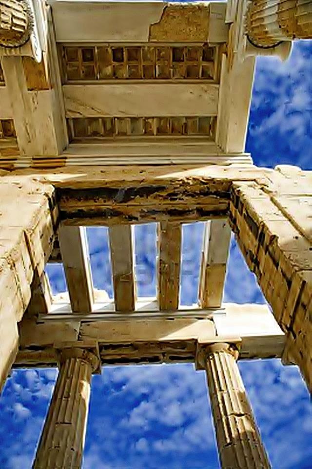 Η προτεραιότητα της πολιτικής για τους αρχαίους Έλληνες