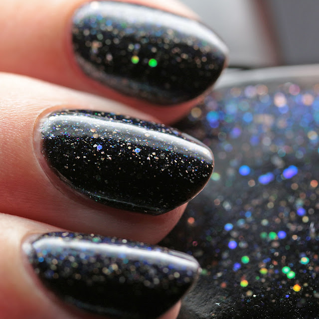 Ms. Sparkle Nail Polish Discovery Delight