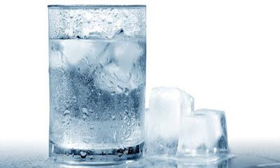 Bị viêm xoang hạn chế sử dụng nước đá