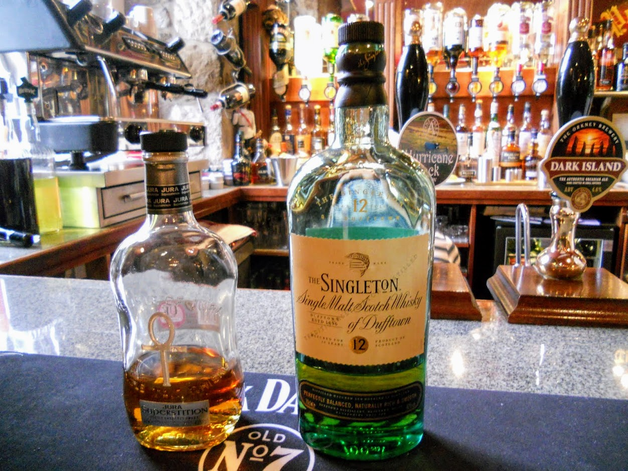 2 days in Glasgow: Whisky at Portcullis Bar in Stirling Scotland