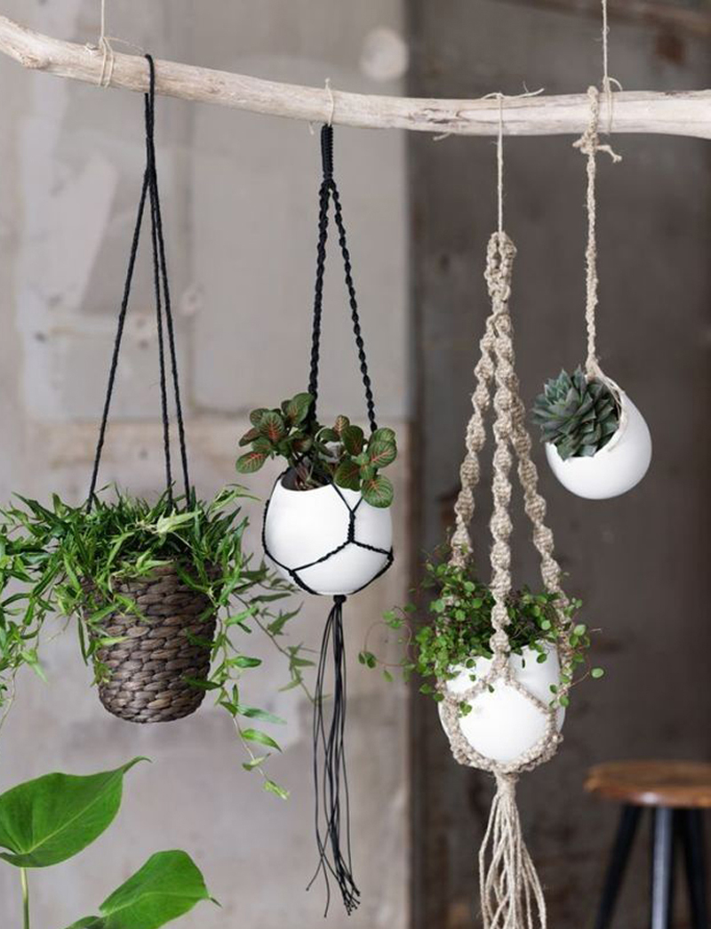 Simple Diy Macrame Necklace: 20 DIY Macrame Plant Hanger Patterns