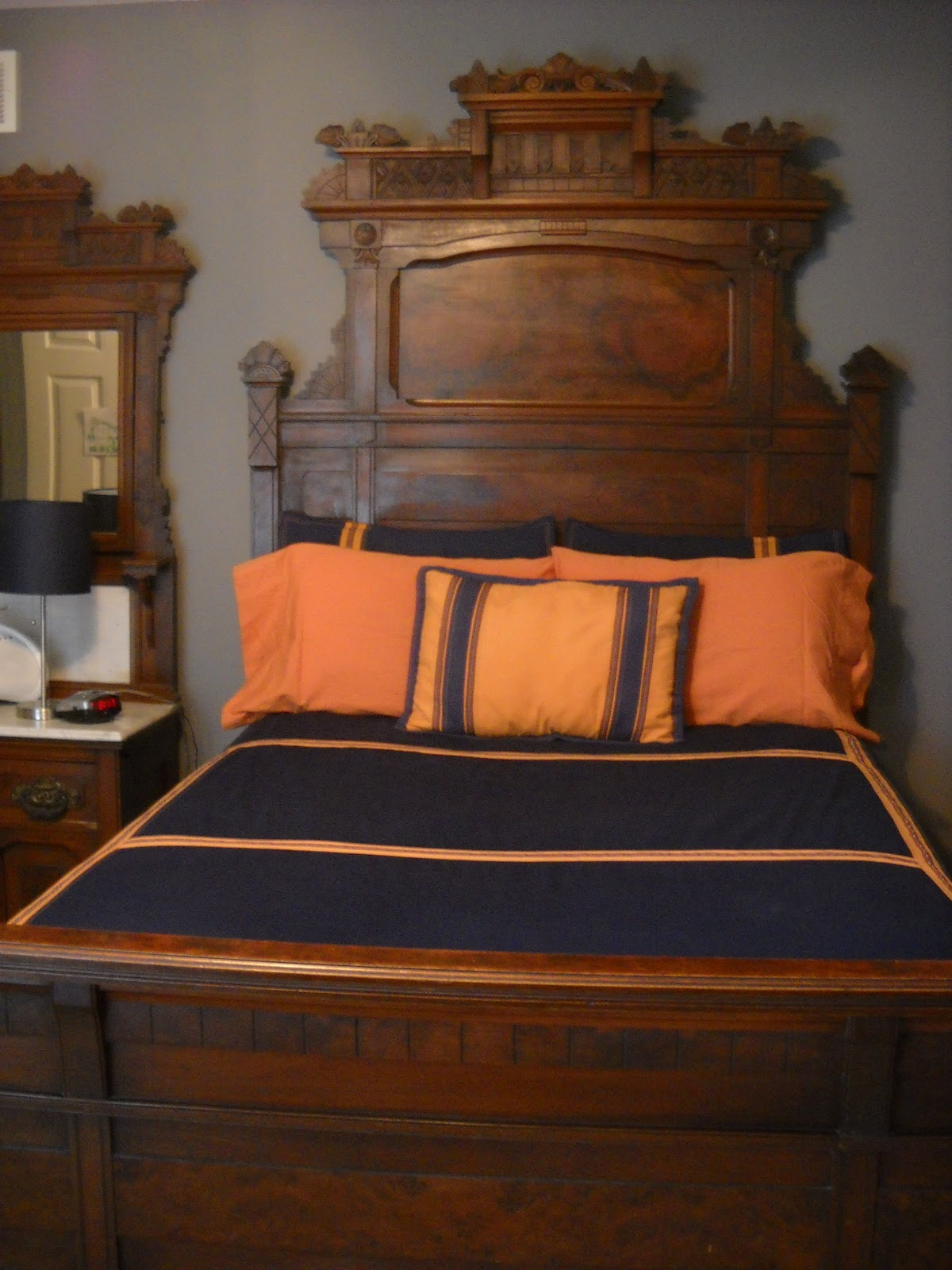 Victorian Wanna Be: The Victorian Bedroom Suite