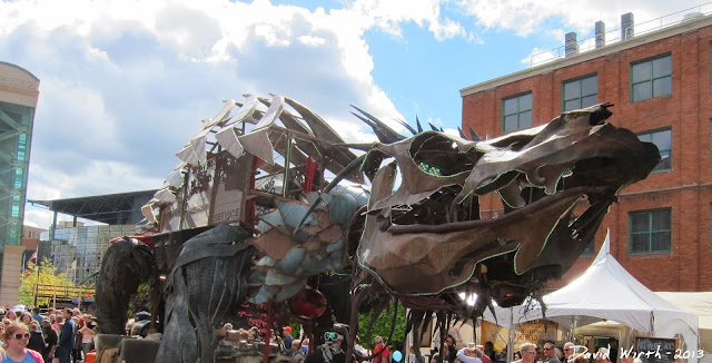 dragon sculpture, art prize