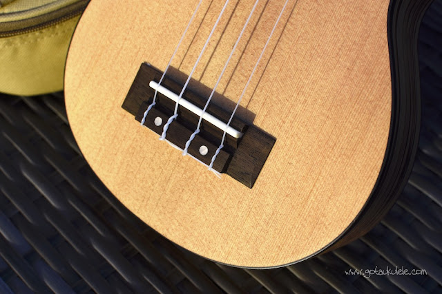 Flight DUS 320 SP/ZEB Soprano ukulele bridge