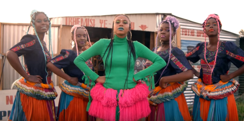Video: Sho Madjozi & PS DJZ Serving Aesthetics In 'Dumi Hi Phone'