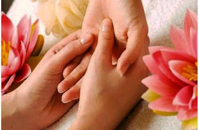 হাতের চামড়া ওঠা থেকে মুক্তি - skin of the hands from getting
