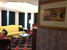 Tokyo Disneyland Hotel Beauty & Beast Room Pb&