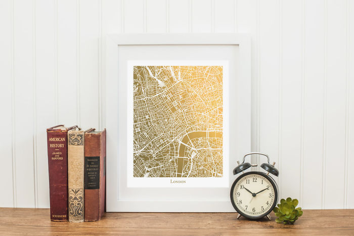 15+ Of The Best Traveler Gift Ideas Besides Actual Plane Tickets - Gold City Map