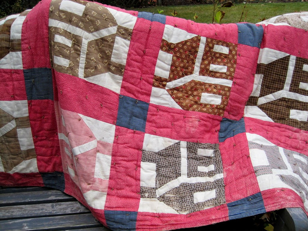 A Sentimental Quilter: Schoolhouse Quilt