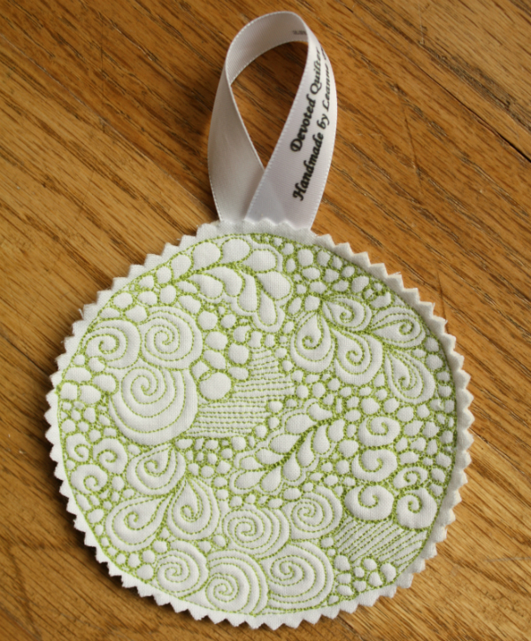 Free motion quilted Christmas ornaments tutorial | DevotedQuilter.blogspot.com