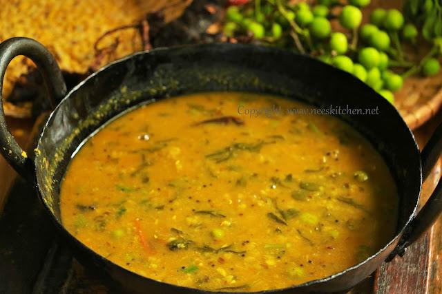 Sundaikkai & Methi Leaves Sambar