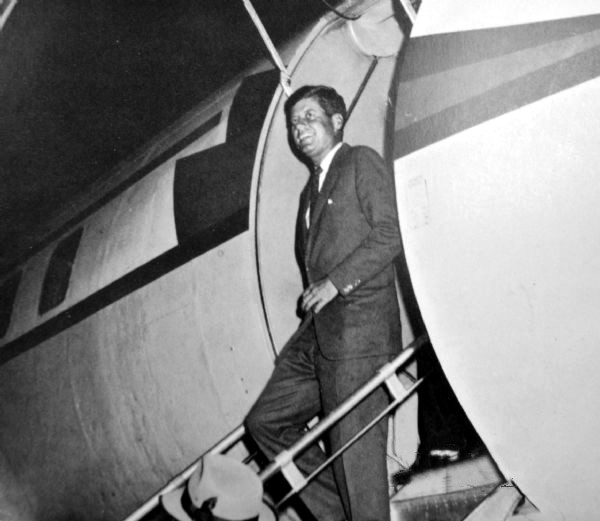 Senator John F. Kennedy walks off the plane he took to Erie (September 28, 1960)