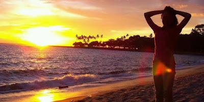menikmati sunset parantritis memang tidak ada duanya
