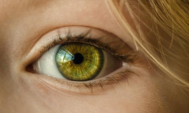 girl eye