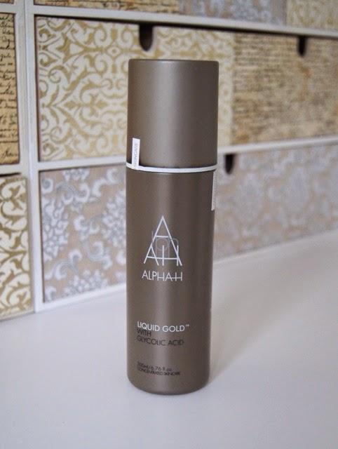 Alpha-H Liquid Gold Glycolic Acid Exfoliating Toner Treatment Review
