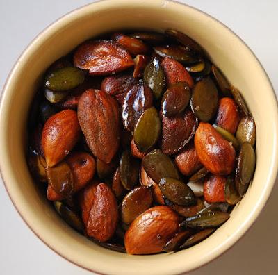 Assiette printanière - amandes et graines de courge