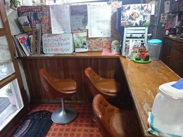松屋食堂の店内の写真