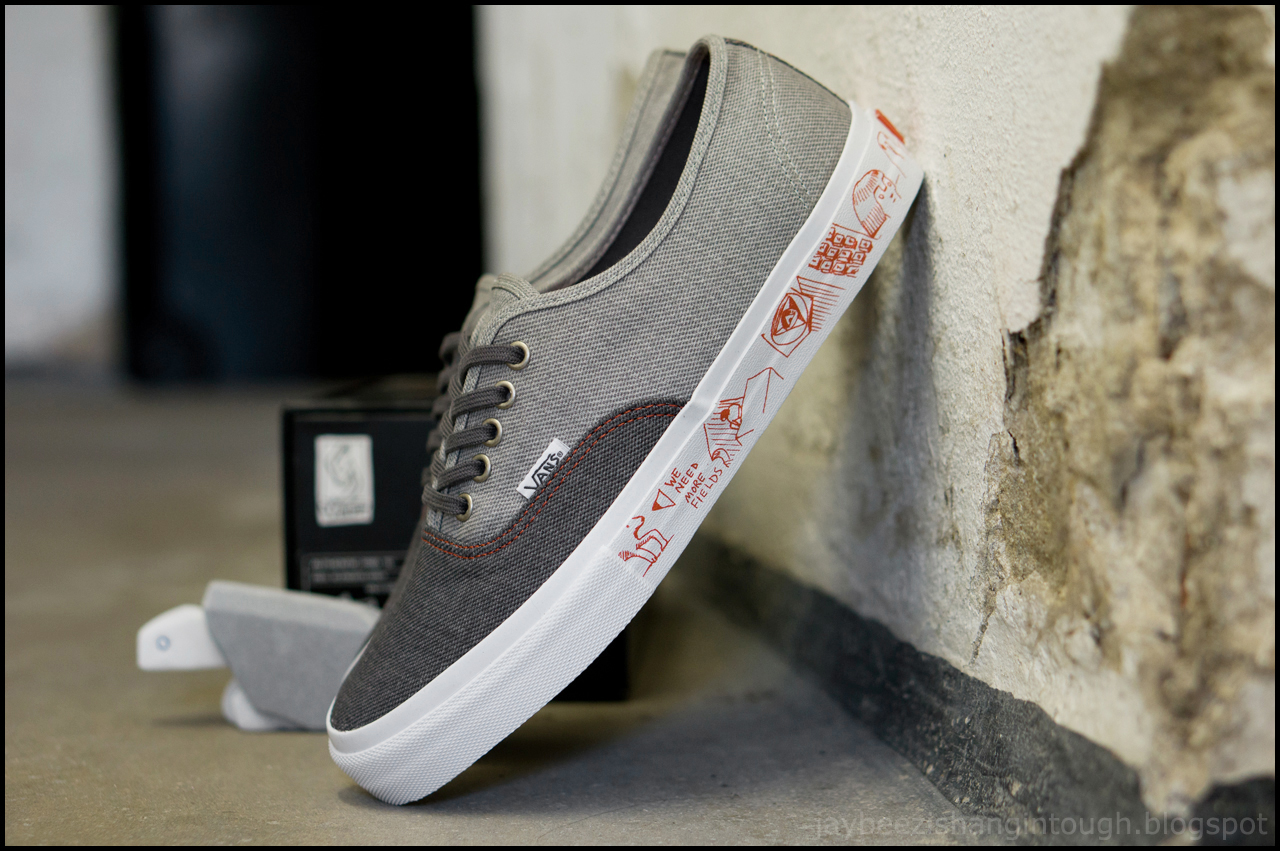 434f3500f2 you know i really love vans. and i love vans even more for this collab with  legendary skateboarder and artist neil blender. comes with a  custom-designed ...