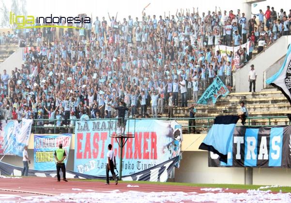 gunawan blogs fotofoto atraksi suporter indonesia terbaik