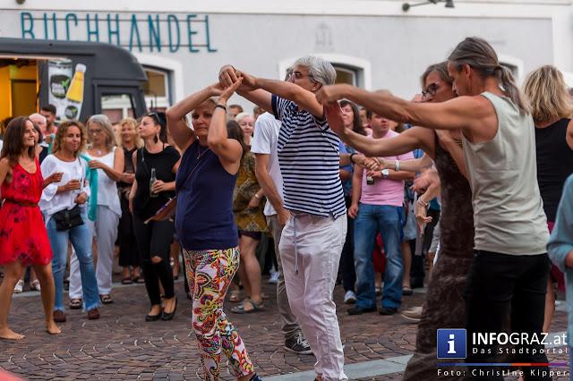 Musik die zum Tanzen verführt – Latin Music wird spürbar gemacht.