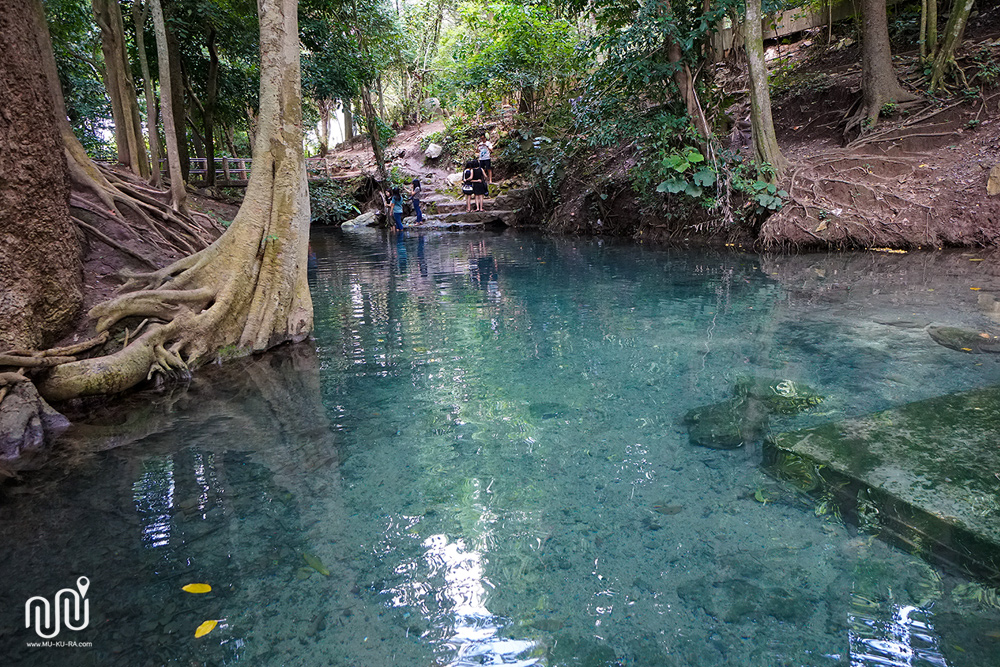 บ่อน้ำผุดเขาใหญ่ หรือ น้ำพุธรรมชาติบ้านท่าช้าง