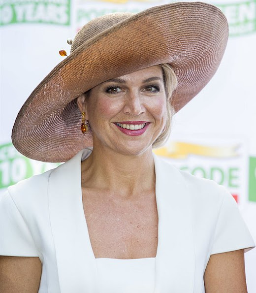 Queen Maxima of The Netherlands attended the finals of 10th edition of the Postcode Lottery Green Challenge International competition at Westergasfabriek in Amsterdam. Queen Maxima wore GUCCI Stretch Crepe Dress