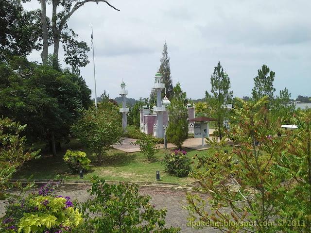 Taman Monument