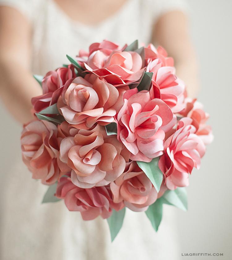 Buquê de Flores de Papel
