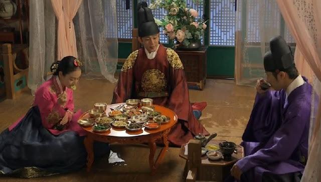 korean royal family eating scene