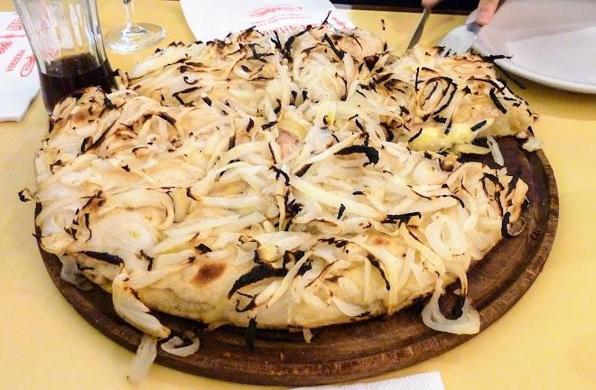Fugazzeta, pizza argentine