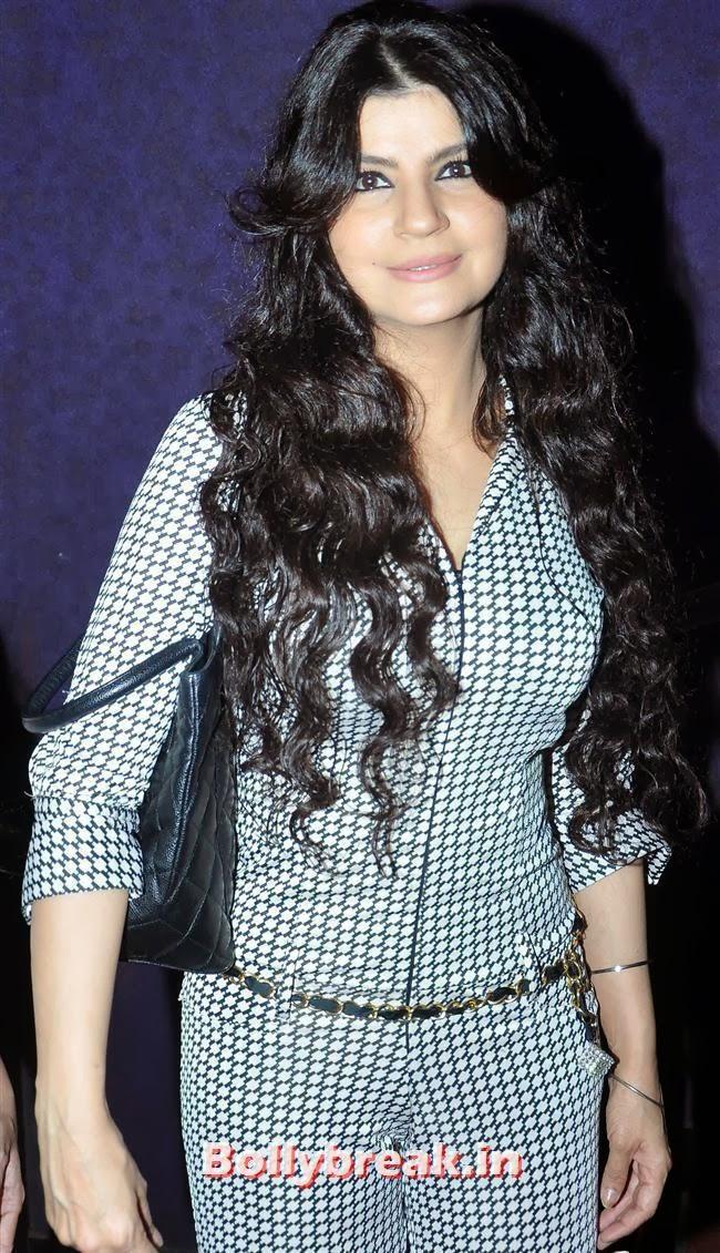 , Mugdha Godse & Barkha Bisht at Women Decoded Comedy Show