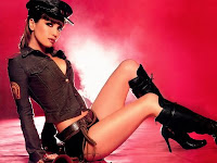 Natalia Oreiro vestida de policia