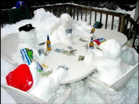 funny snowmen playing poker winter photos