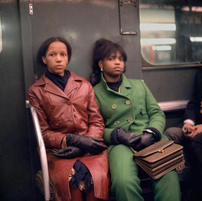 http://joeinct.tumblr.com/post/165988833342/nyc-photo-by-danny-lyon-1966