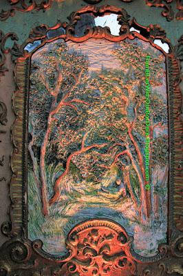 Sculpture panel, Spiegeltent, Christmas Wonderland, Gardens by the Bay, Singapore