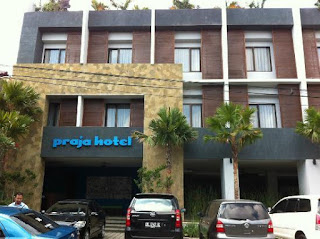 Hotel Jobs - Front Office at Praja Hotel Bali