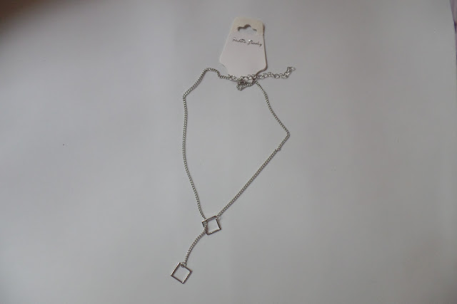 Vintage Cut Out Triangle Lariat Necklace
